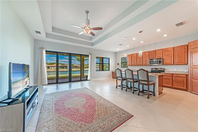 9108 Isla Bella Cir, Bonita Springs, FL 34135