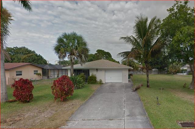 553 108th Ave N, Naples, FL 34108