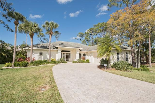 2059 Swainsons Run, Naples, FL 34105