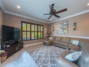 3407 Pacific Dr, Naples, FL 34119