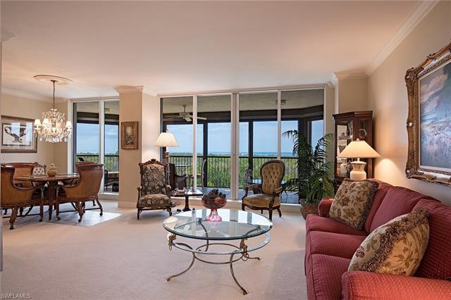 7425 Pelican Bay Blvd 502, Naples, FL 34108