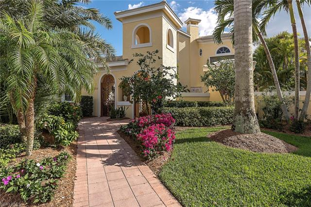 324 2nd Ave S B, Naples, FL 34102