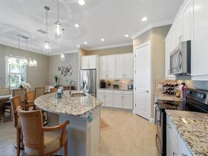 4467 Tamarind Way S, Naples, FL 34119