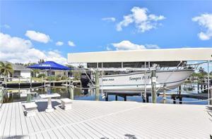 17626 Corallina Dr, Matlacha Isles, FL 33991