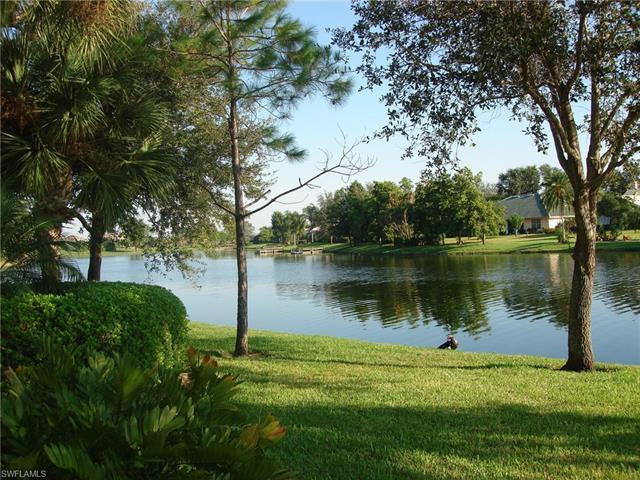 61 Silver Oaks Cir 12103, Naples, FL 34119