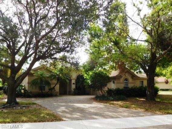 6680 Mangrove Way, Naples, FL 34109