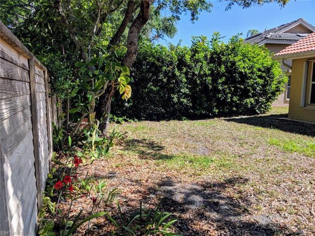 7641 San Sebastian Way, Naples, FL 34109