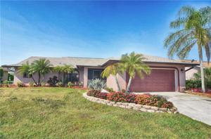 927 Saint Andrews Blvd, Naples, FL 34113
