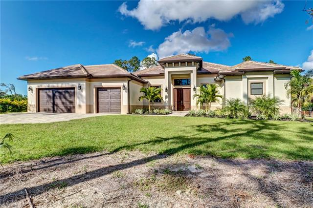 6331 Green Blvd, Naples, FL 34116
