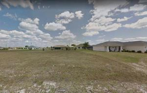 2021 2nd Ave, Cape Coral, FL 33993