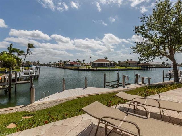 21 Hickory Ct, Marco Island, FL 34145