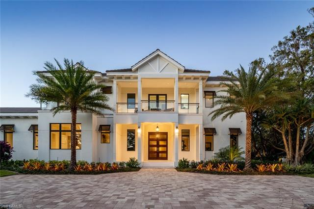 375 Kings Town Dr, Naples, FL 34102