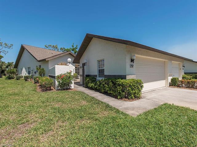 237 Deerwood Cir 12-8, Naples, FL 34113