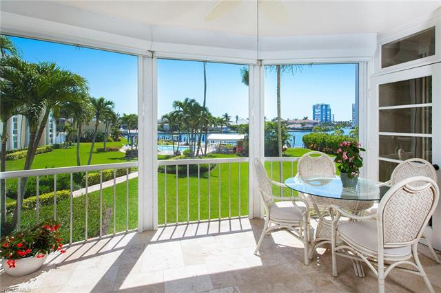 400 Park Shore Dr 204, Naples, FL 34103