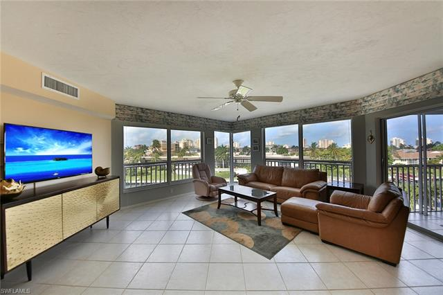 870 Collier Ct 403, Marco Island, FL 34145