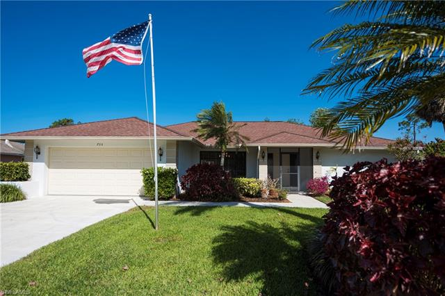 735 Saint Andrews Blvd, Naples, FL 34113