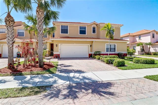 15473 Summit Place Cir 298, Naples, FL 34119