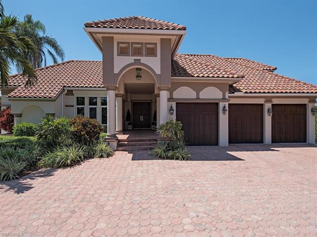 2950 Fort Charles Dr, Naples, FL 34102