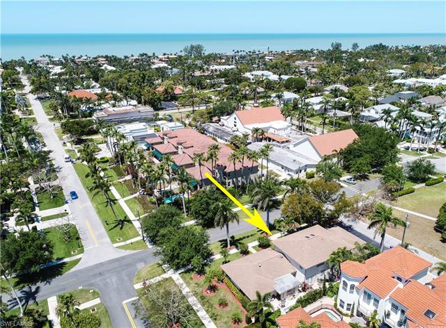 185 4th St S 2, Naples, FL 34102