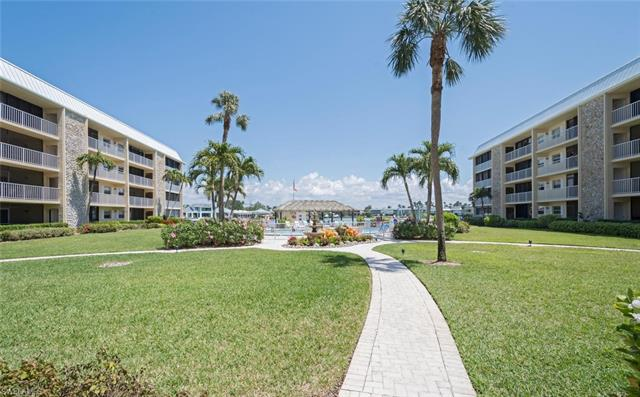 3000 Gulf Shore Blvd N 103, Naples, FL 34103