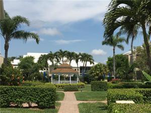 5809 Glencove Dr 907, Naples, FL 34108