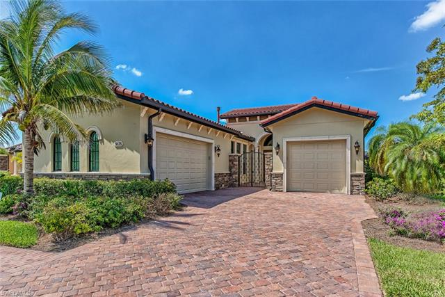 9325 Vercelli Ct, Naples, FL 34113