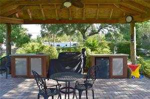 430 17th St Nw, Naples, FL 34120