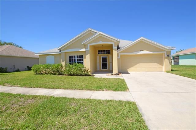 4676 Varsity Cir, Lehigh Acres, FL 33971