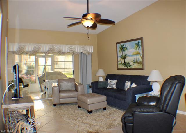 10808 King George Ln 2602, Naples, FL 34109