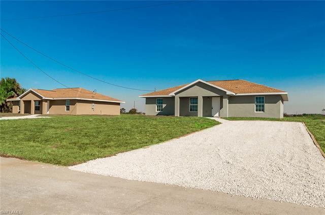 9028 Meadow Cir, Labelle, FL 33935