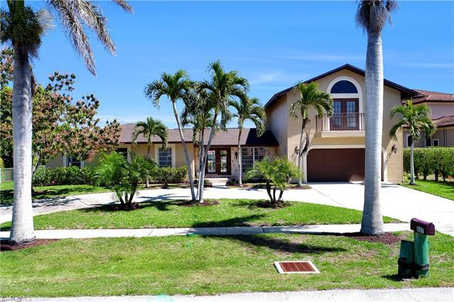 807 Fairlawn Ct, Marco Island, FL 34145