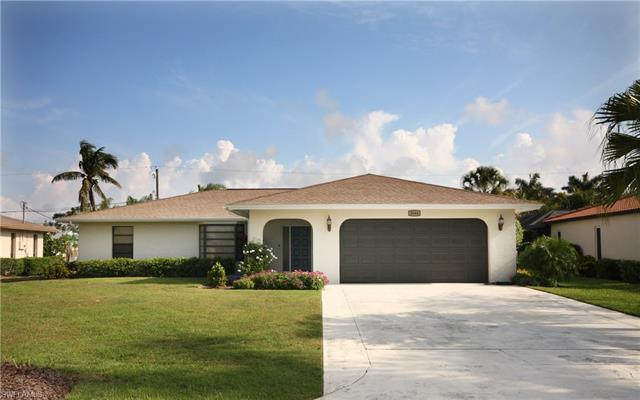 3644 Tomlinson St, Bonita Springs, FL 34134