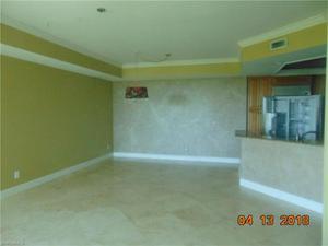 285 Grande Way 604, Naples, FL 34110