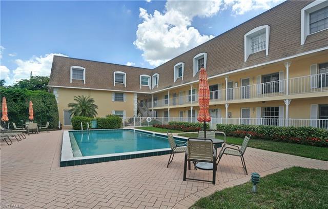 1222 Gordon Dr 17, Naples, FL 34102