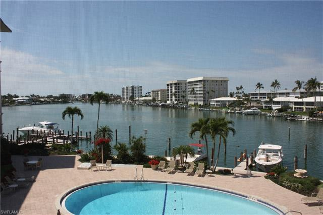 222 Harbour Dr 305, Naples, FL 34103