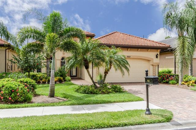 7832 Valencia Ct, Naples, FL 34113