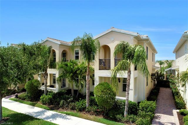 8282 Josefa Way E, Naples, FL 34114