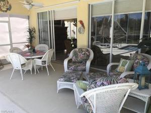 7715 Tommasi Ct, Naples, FL 34114