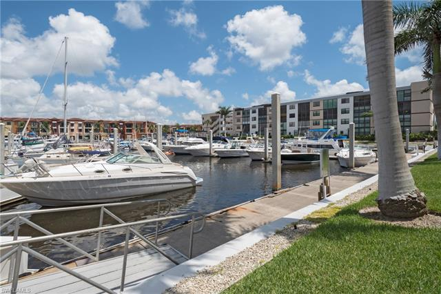 801 River Point Dr 107-a, Naples, FL 34102