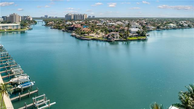 10420 Gulf Shore Dr 162, Naples, FL 34108