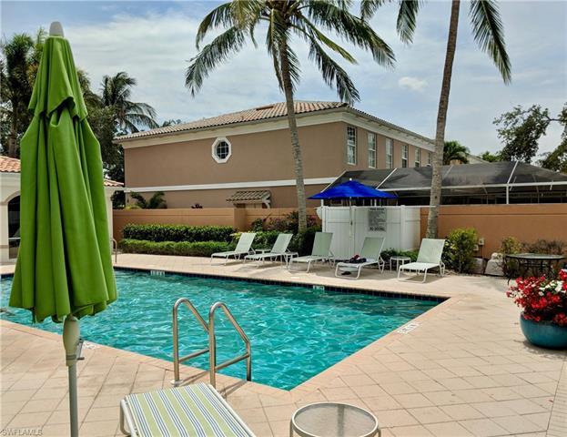 5357 Cove Cir 127, Naples, FL 34119
