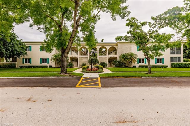 247 3rd Ave S 247, Naples, FL 34102
