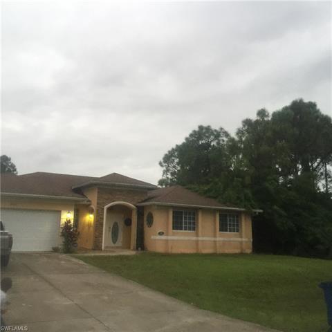 2907 23rd St W, Lehigh Acres, FL 33971