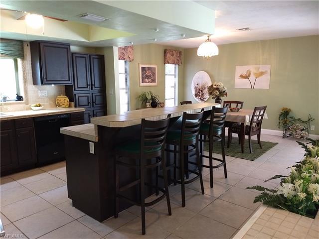 10266 Enoch Ln, Bonita Springs, FL 34135