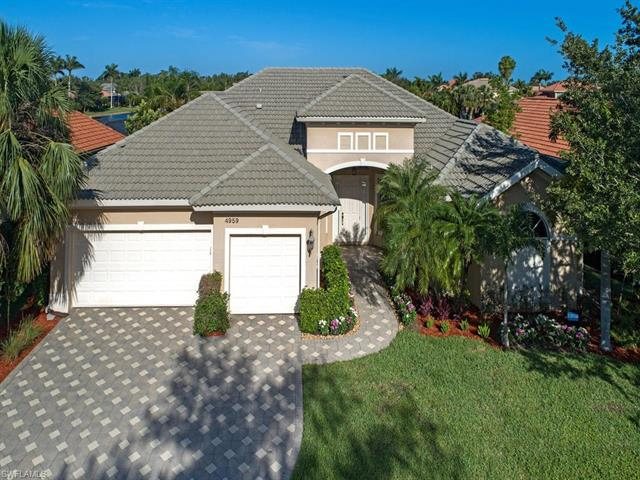 4959 Rustic Oaks Cir, Naples, FL 34105