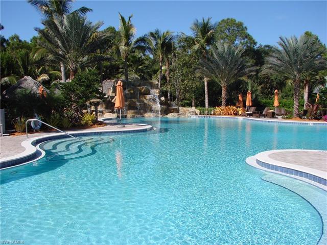 9085 Chula Vista St 10604, Naples, FL 34113