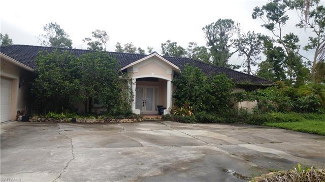 610 Weber Blvd S, Naples, FL 34117