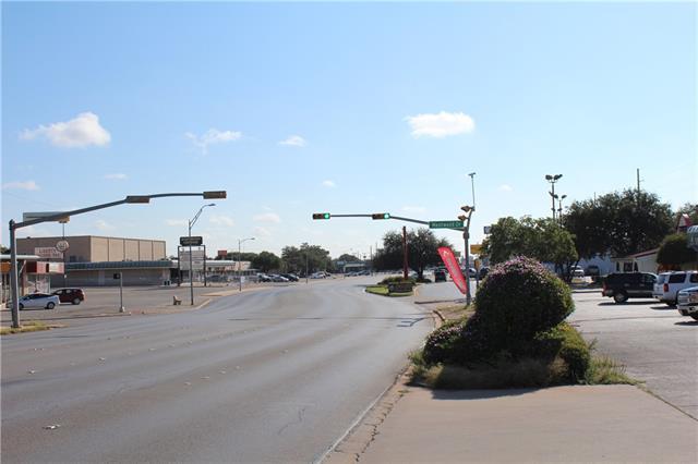3533+ N 1 St, Abilene, TX 79603