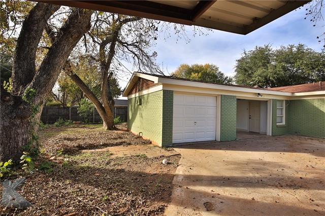 2033 River Oaks Circle, Abilene, TX 79605