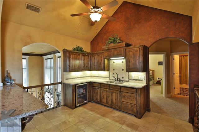 125 Castle Rock Cove, Abilene, TX 79602
